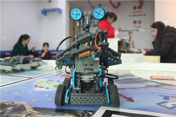 深圳青少儿单片机器人培训班