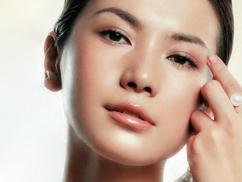 重庆峰翎化妆美容美发培训学校