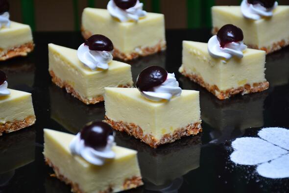 鄭州在哪學開甜品蛋糕店課