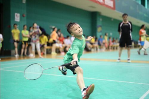 孩子學習打羽毛球的那些好處