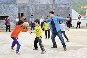少儿篮球郑州学校推荐哪