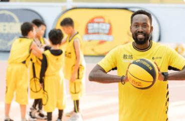 石家庄动因少儿外教篮球培训班